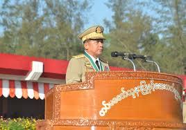"""Birmanie: neuf mois de prison pour avoir traité le président de """"fou"""" sur Facebook"""