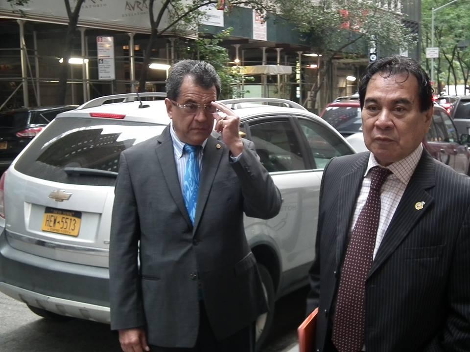 Edouard Fritch et Manuel Terai, son conseiller spécial en charge des affaires internationales.