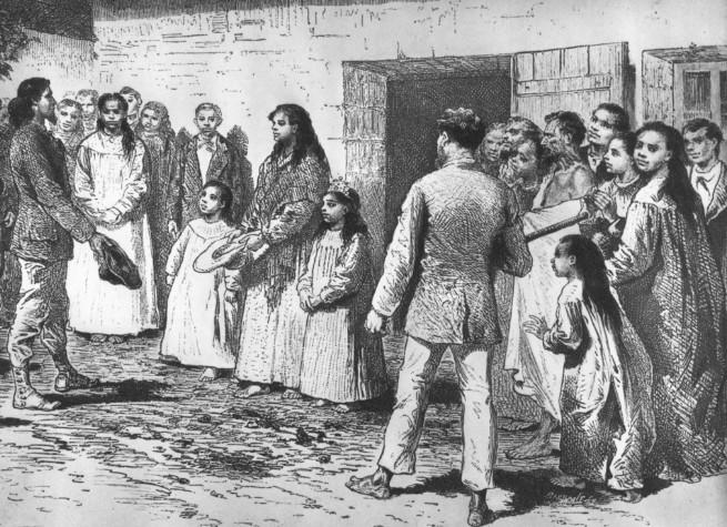 La reine Koreta recevant une délégation française du navire de guerre Le Seignelay, en avril 1877. Selon elle, son mari est mort d'une chute accidentelle. Rien d'autre ne filtra…