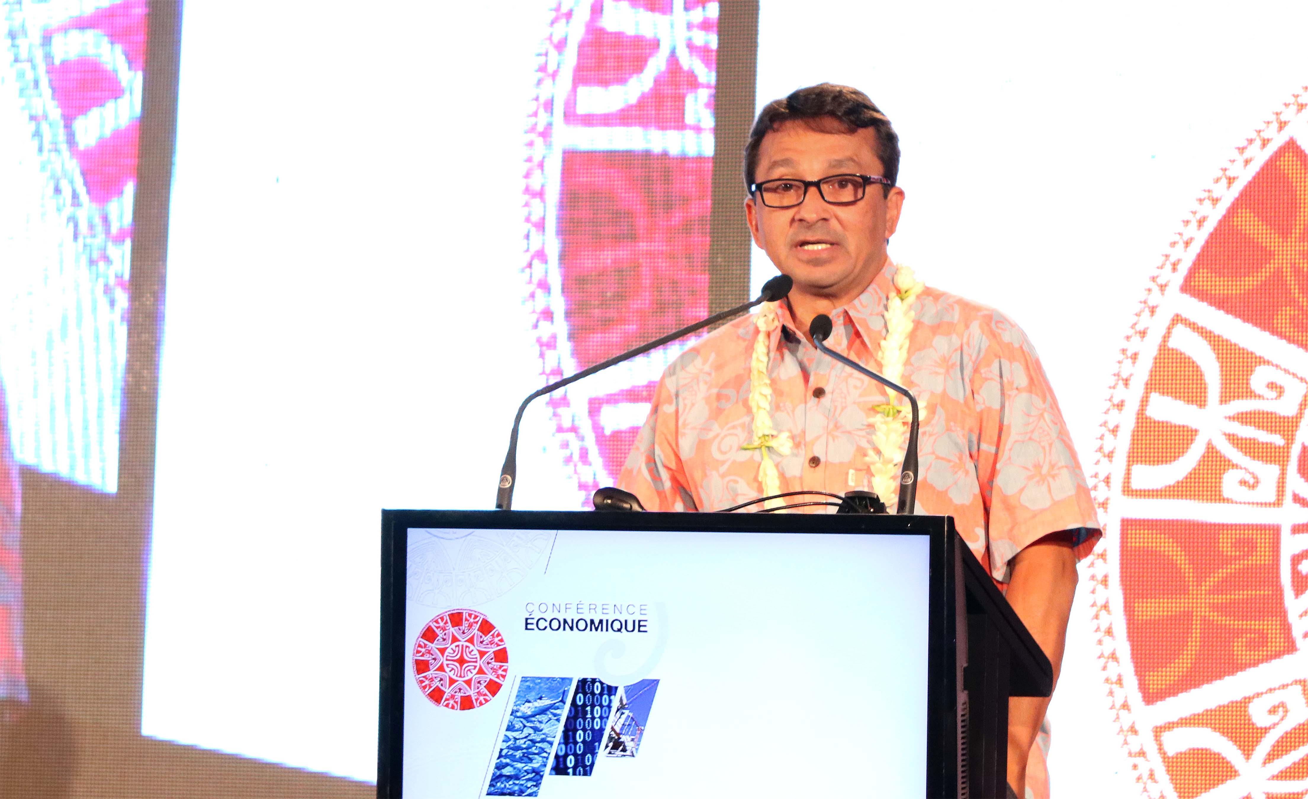 Nuihau Laurey a présenté le projet de budget 2017 dans ses grandes lignes, lundi matin lors de la 2e conférence économique.