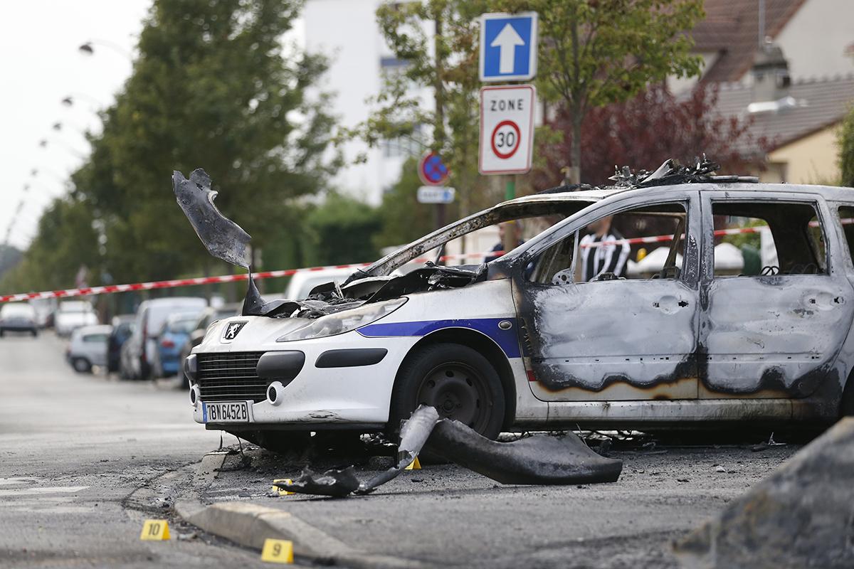 En 2015, 12.388 policiers blessés en mission et en service, un nombre en lègère baisse