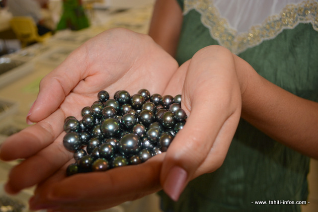 Après le concours Tahitian Pearl Creations, la Tahitian Pearl association of French Polynesia organise un Forum.