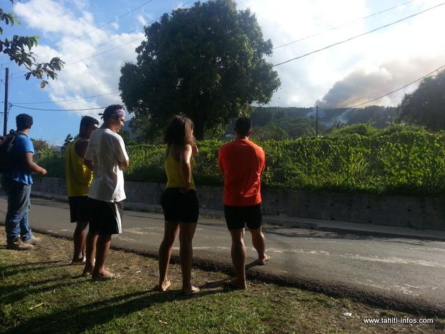 Incendie sur le plateau Atohei à Papenoo, les gros moyens mobilisés (Màj)