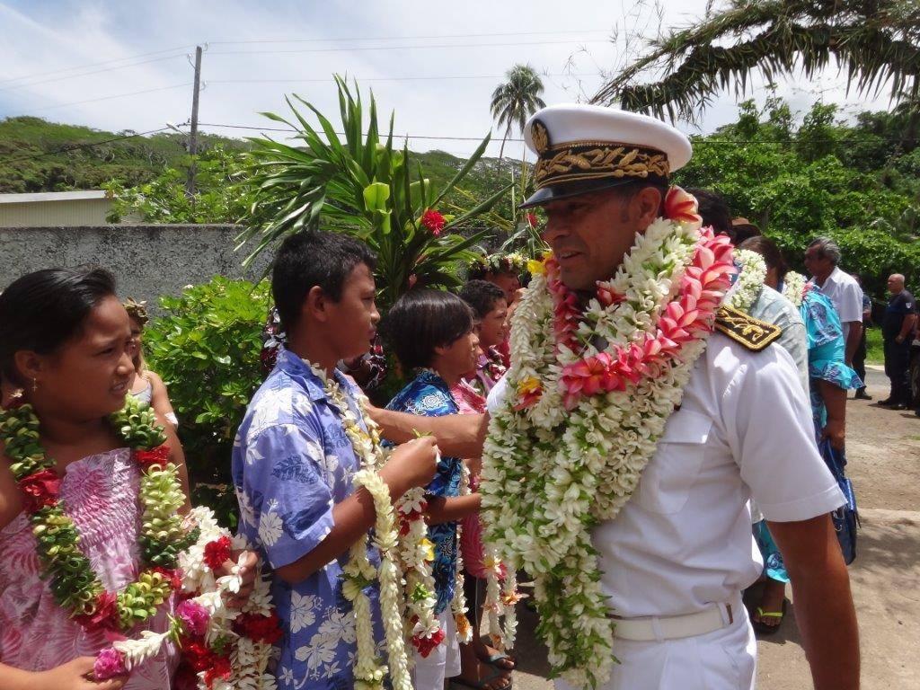 Raymond Yeddou en visite à Taha'a et Raiatea