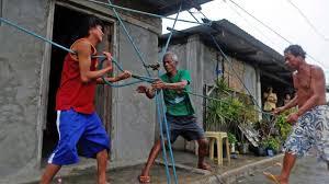 Les Philippines en état d'alerte en attendant un super typhon