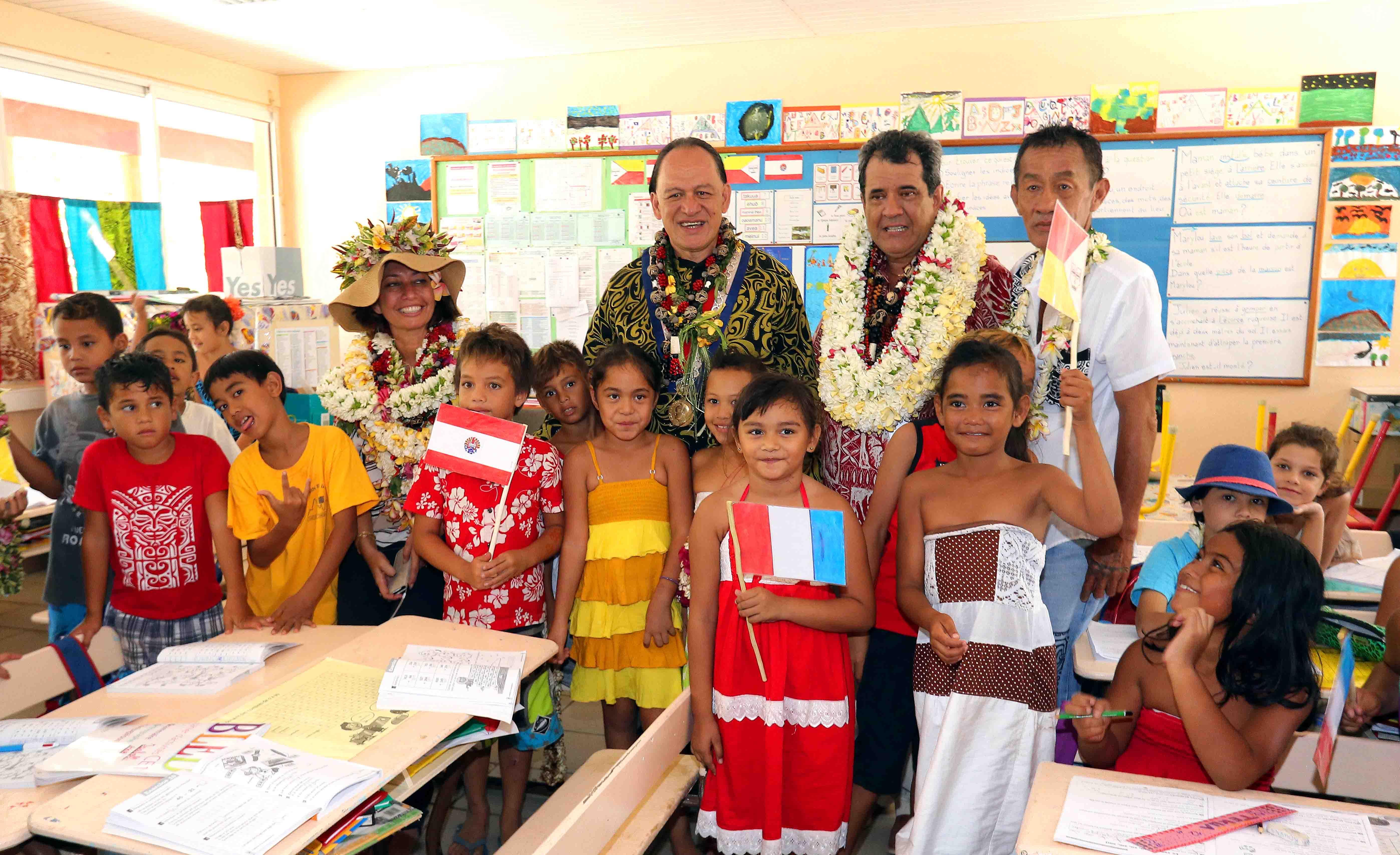 Marquises : le gouvernement en visite à Ua Pou