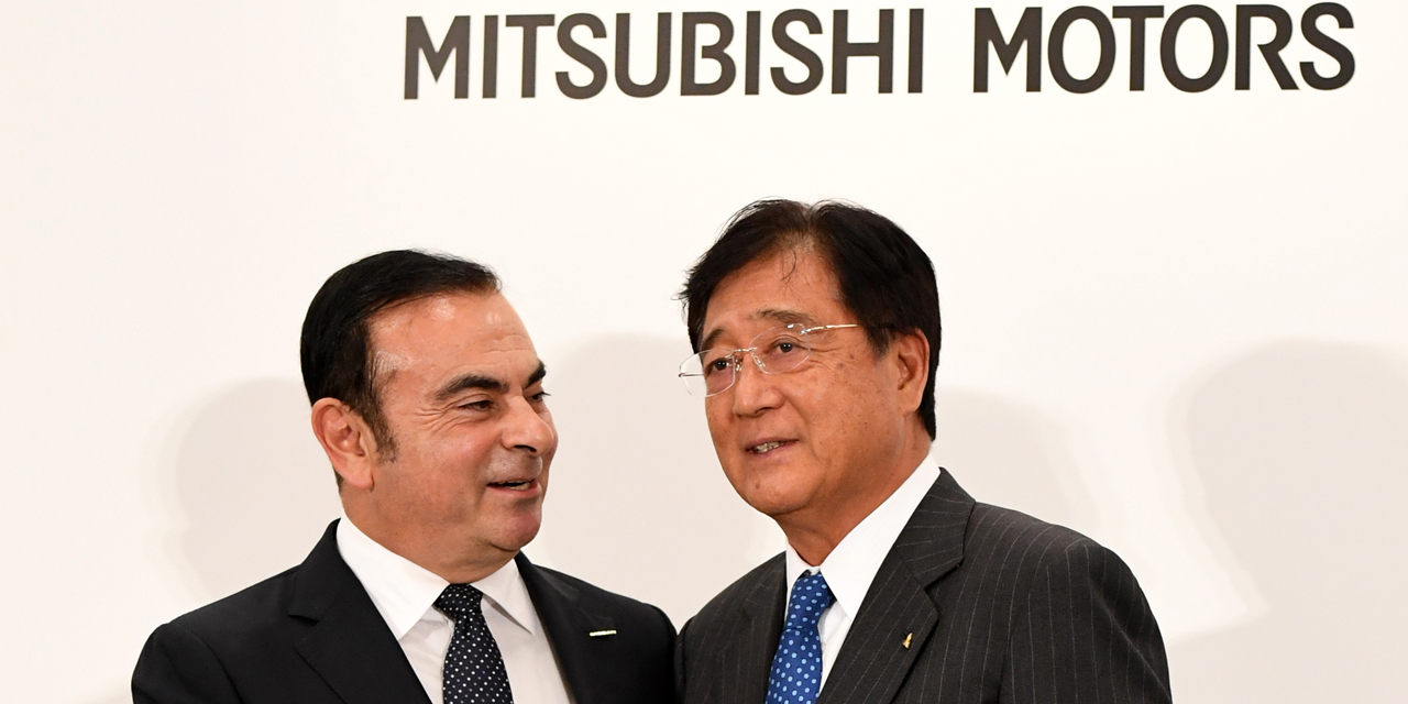 Nissan officialise sa mainmise sur Mitsubishi Motors, Ghosn défend sa triple casquette