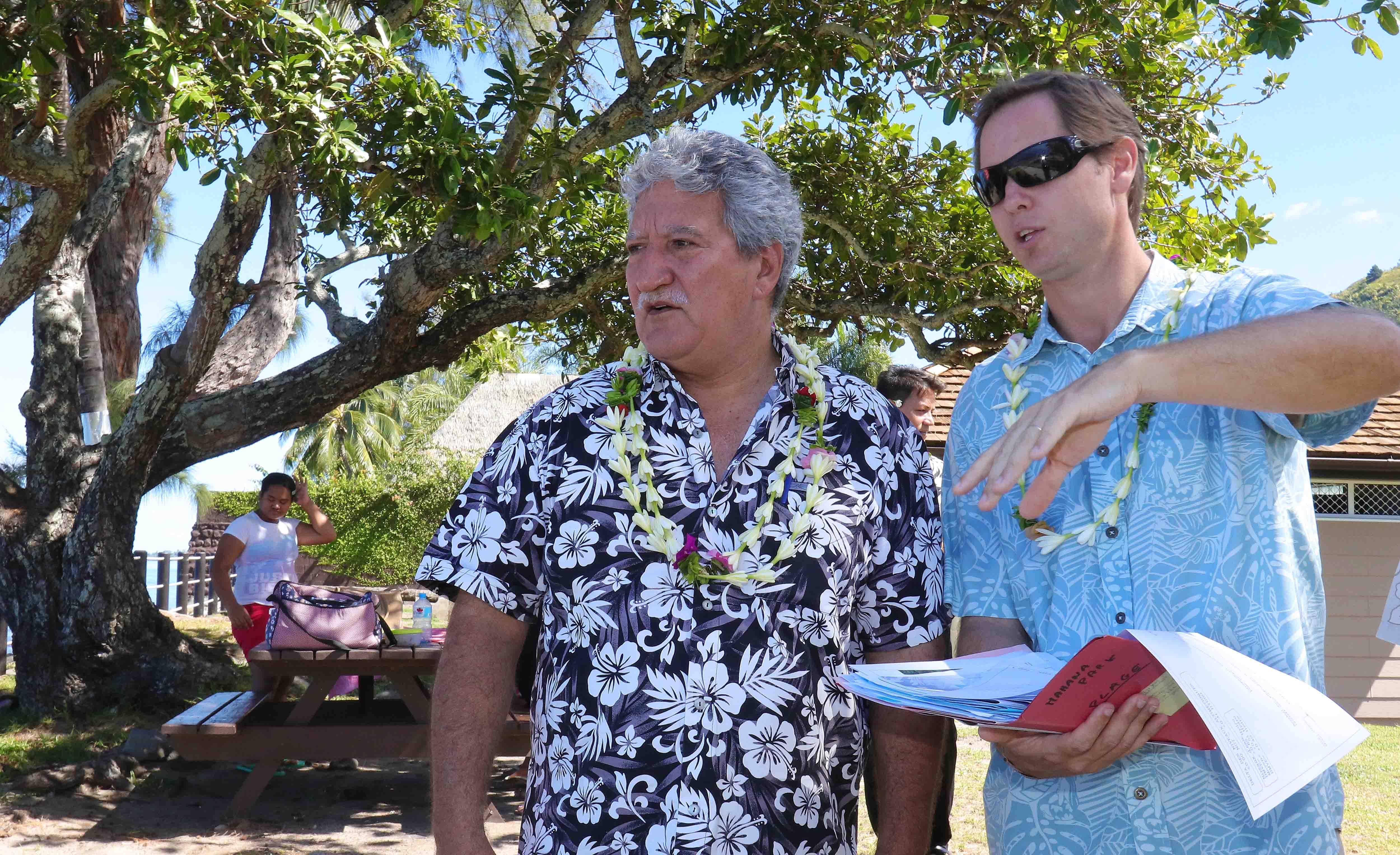 Le ministre du Tourisme Jean-Christophe Bouissou a inauguré vendredi les nouveaux aménagements de Mahana Park.