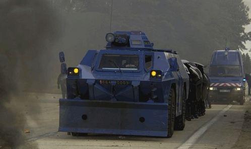 Nouvelle-Calédonie: situation toujours tendue près de Nouméa après de nouveaux incidents