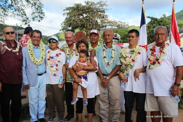 Le Président Edouard Fritch a medaillé 7 Chevaliers l'ordre de Tahiti Nui