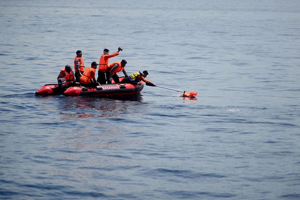 Naufrage en Indonésie: le bilan monte à 54 morts