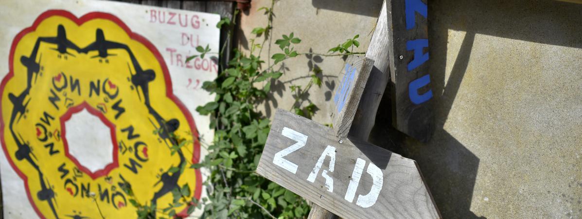 """L'évacuation de la ZAD de Notre-Dame-des-Landes sera """"périlleuse"""" mais se fera, selon Manuel Valls.  (LOIC VENANCE / AFP)"""