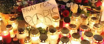 13-Novembre: une association de victimes appelle à mettre des bougies aux fenêtres dimanche soir