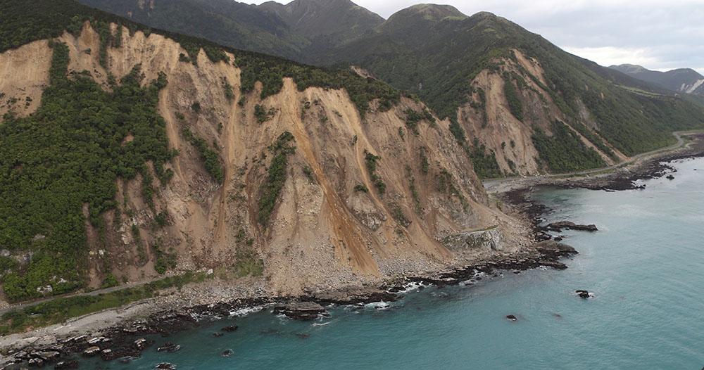 Séisme néo-zélandais: des secondes d'effroi racontées par des touristes évacués