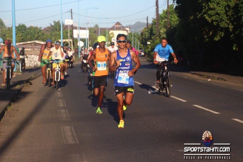 Course à Pied « Feria Carrefour » : Samuel Aragaw coiffe Cédric Wane au sprint