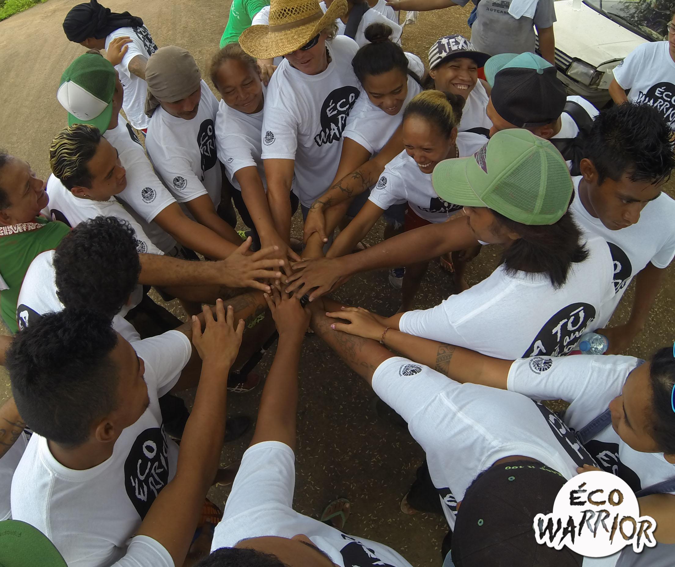 """L'opération """"Éco Warrior"""" a rassemblé des centaines de bénévoles qui ont œuvré pour rendre notre fenua plus propre."""