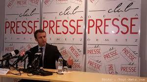 """Primaires: pour Macron, """"le constat est simple, les partis sont morts"""""""