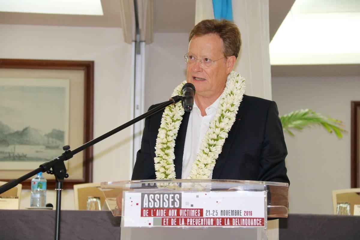 Le haut-commissaire René Bidal.