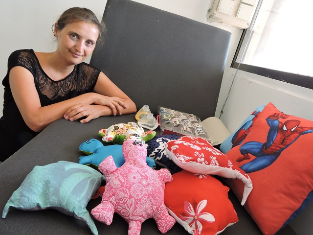 Lucie Dole est à l'origine des P'tits doudous à Tahiti.