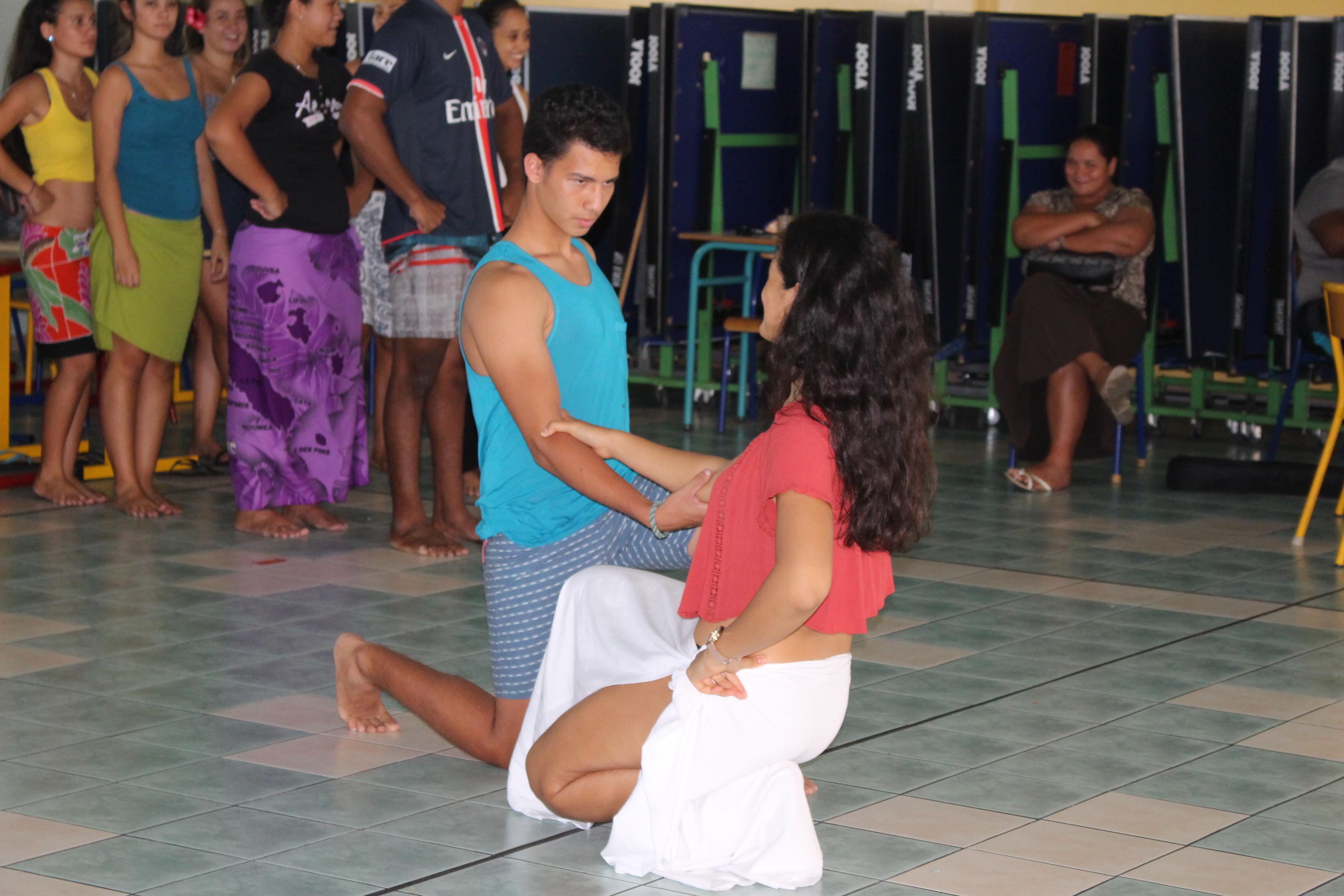 Hura Tapairu : Les lycéens de Raapoto tentent leur chance