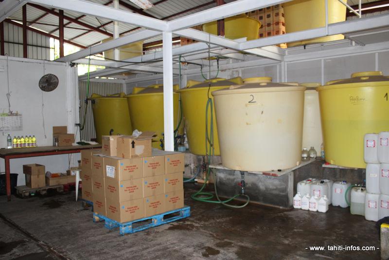 Les cuves qui servaient à la fabrication de l'eau de javel.