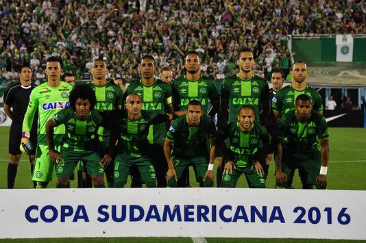 Crash aérien en Colombie avec des footballeurs, deuil national au Brésil