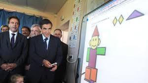 Mauvais résultats des écoliers français: Vallaud-Belkacem accuse le gouvernement Fillon
