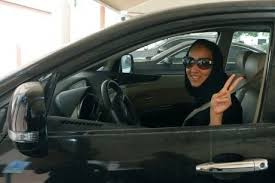Un prince saoudien demande que les femmes puissent conduire en Arabie