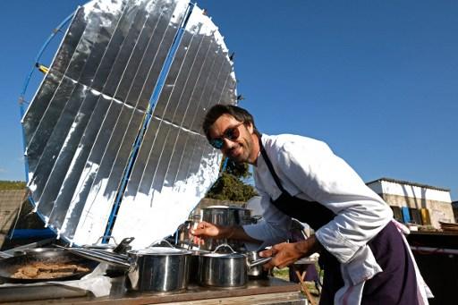"""Restaurant solaire à Aubagne: """"réservation annulée par mauvais temps"""""""