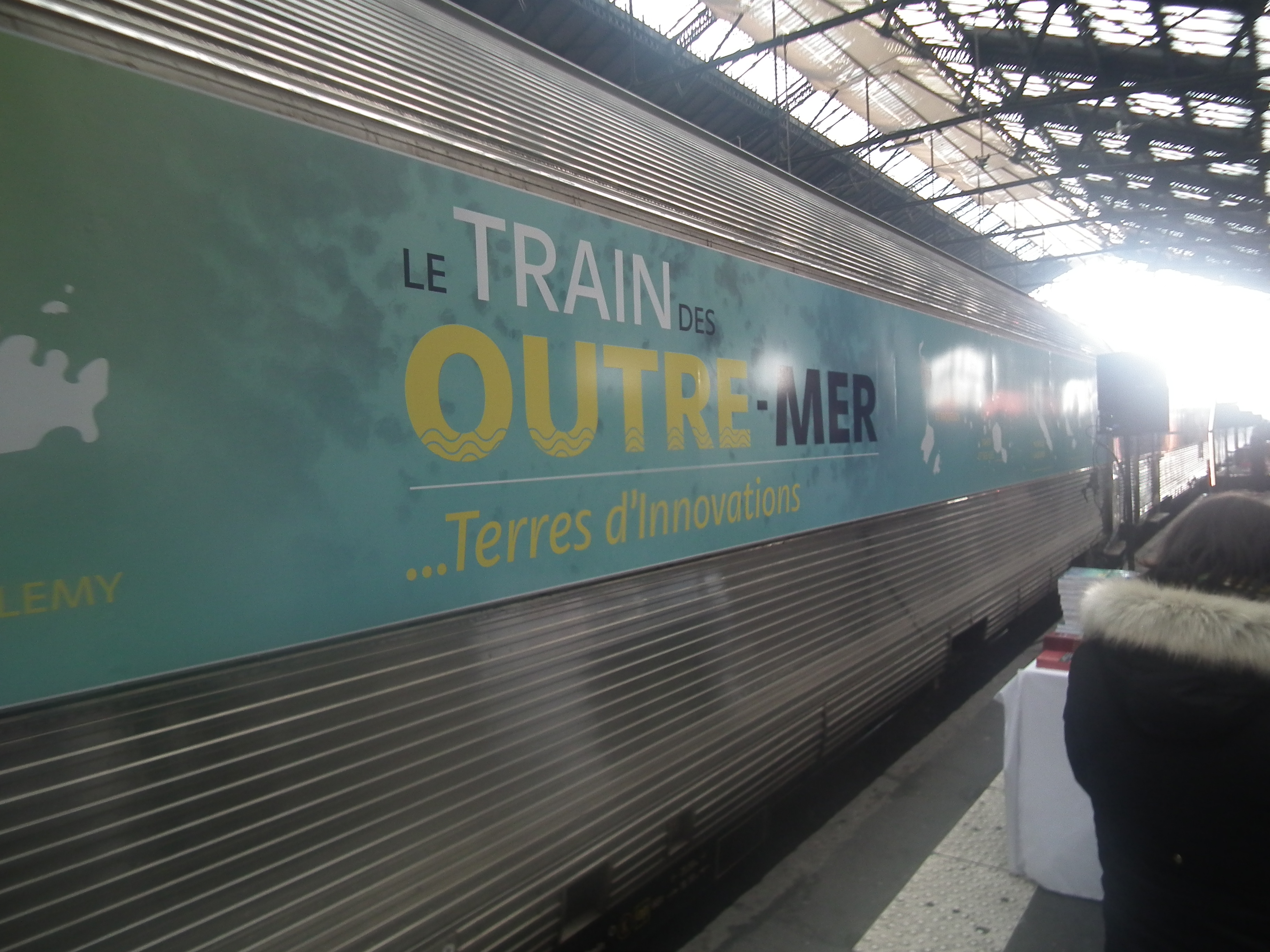 A Paris, Ericka Bareigts inaugure le Train des Outre-mer