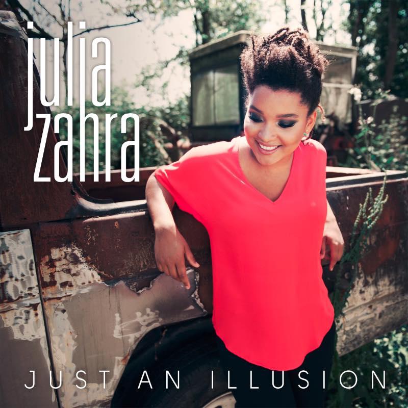 """La chanteuse a été révélée notamment grâce à son tube """"Just An Illusion""""."""