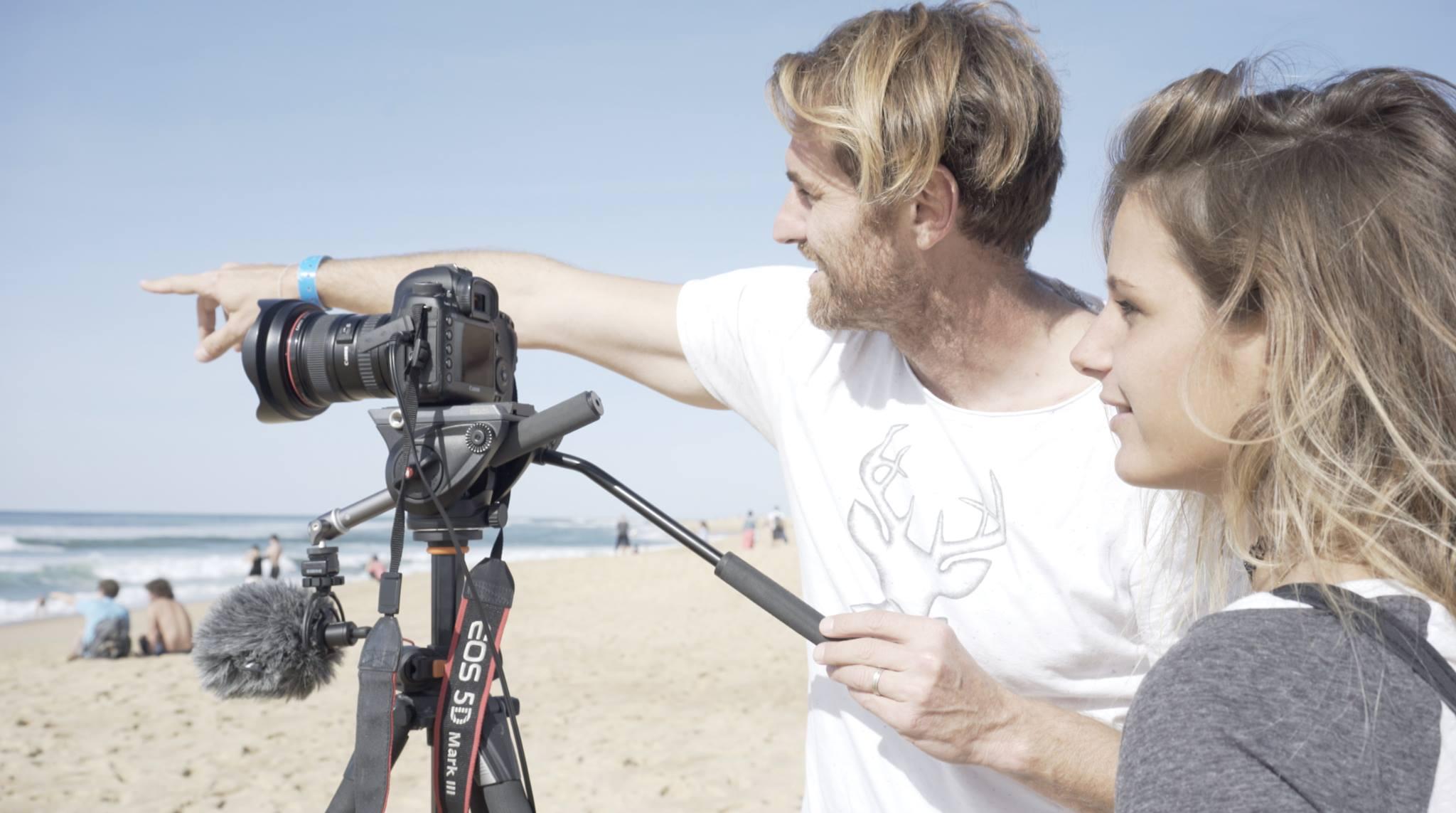 """""""Nous souhaiterions nous rendre à Tahiti en septembre 2017 pour trois semaines"""", explique Manon Lanza. """"Nous mettons toute notre énergie pour que ce film voit le jour et fasse grandir la popularité du surf féminin."""""""