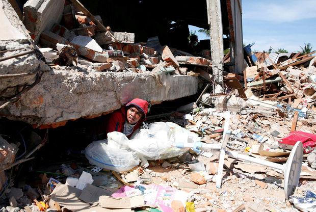 Plus de 45.000 personnes déplacées après le séisme en Indonésie
