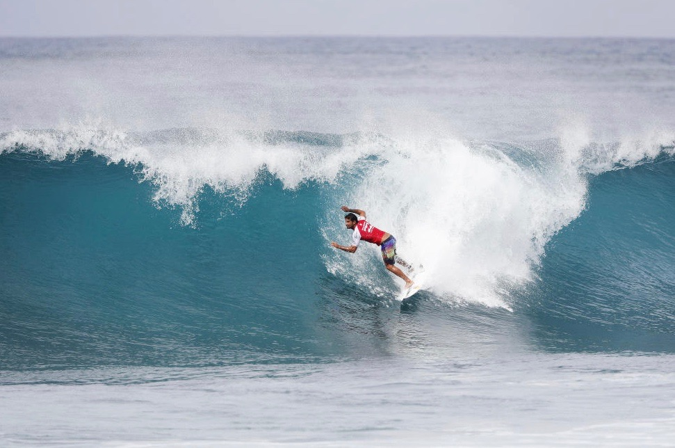 Surf Pro – Billabong Pipeline Masters : Michel Bourez continue ses exploits