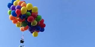 Un canadien condamné pour avoir volé suspendu à plus de 100 ballons d'hélium