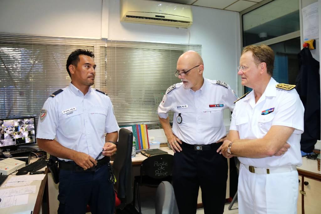 Le Haut-commissaire a visité les services de secours travaillant le soir de la Saint-Sylvestre