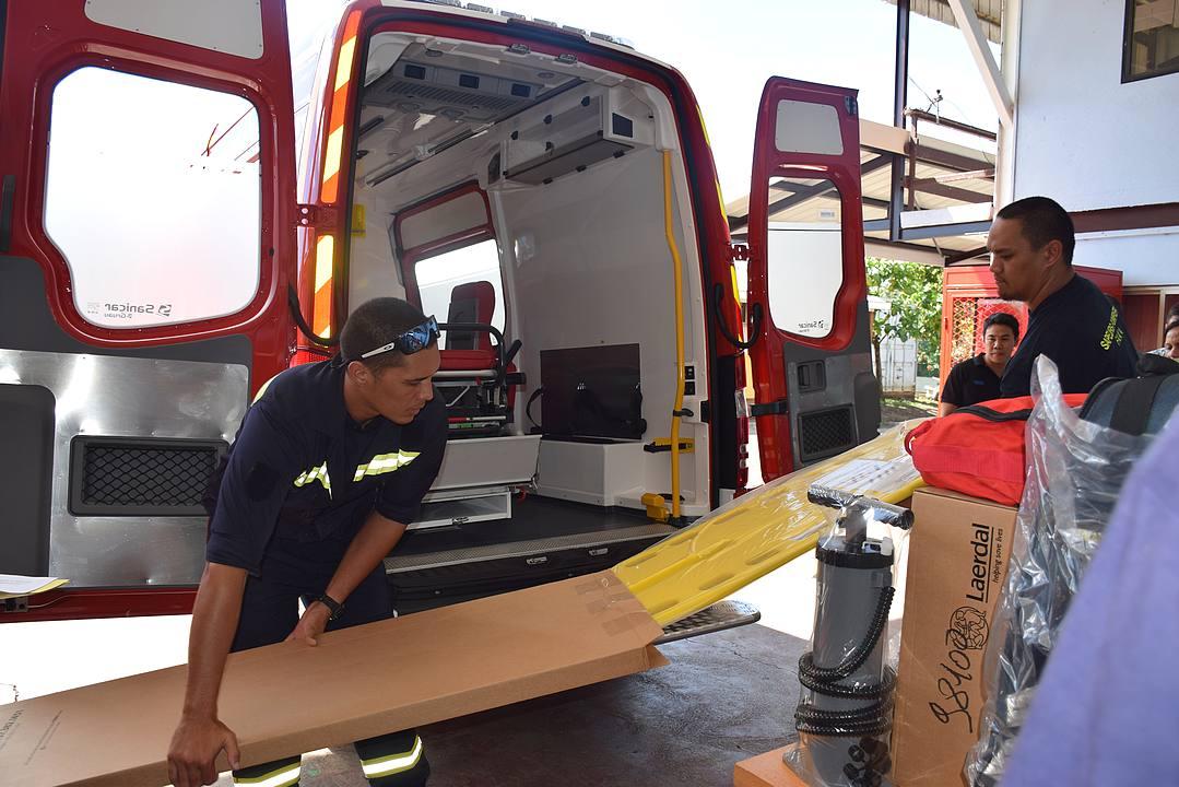 Un nouveau camion de pompiers à Faa'a