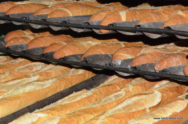 Tous les six mois, un appel d'offres répartit entre deux importateurs l'approvisionnement en farine PPN des boulangers. Chacun peut important 3 300 tonnes de farine.