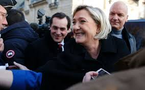 Présidentielle : Marine Le Pen anticipe son lancement de campagne