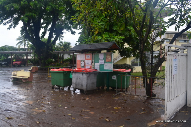 Fermeture des établissements scolaires à Tahiti et Moorea, lundi