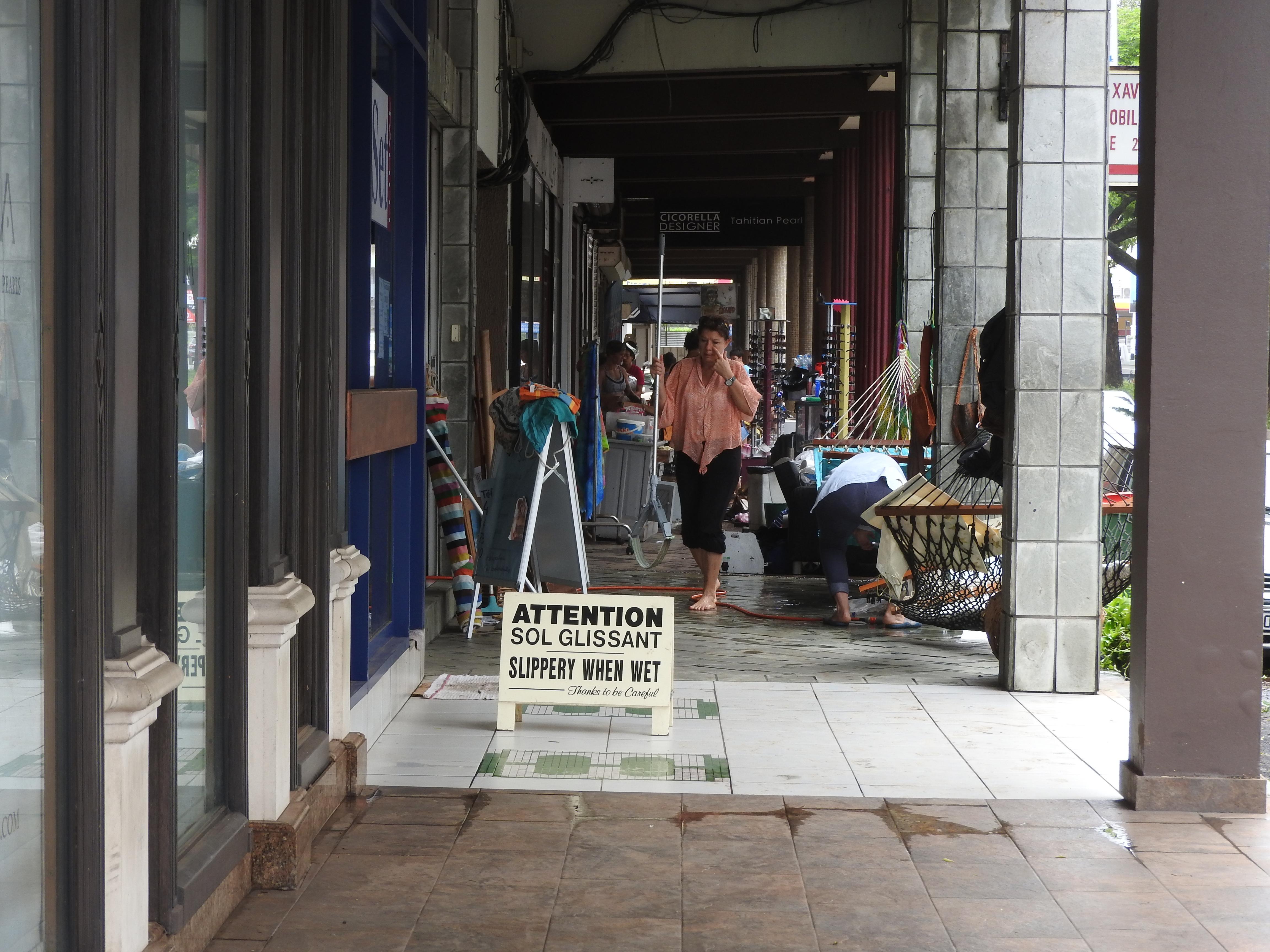 Inondations : Les commerçants espèrent une aide du Pays