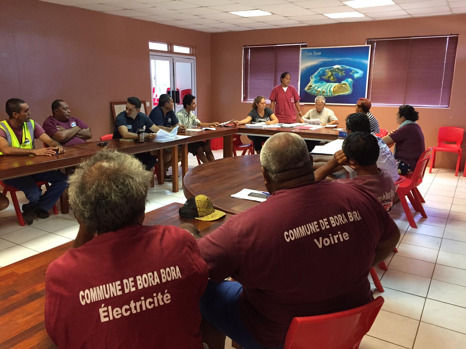Le maire de Bora Bora, Gaston Tong Sang a réuni lundi matin, tous les chefs de service de la commune.
