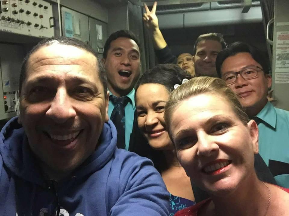 Selfie en plein vol avec l'équipage d'ATN.