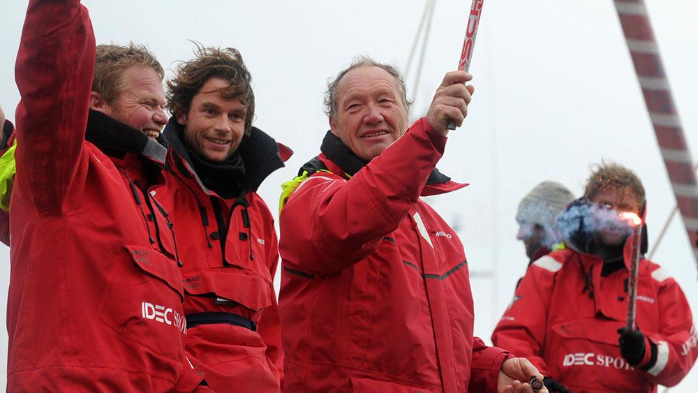 Trophée Jules Verne - Le monde en 40 jours pour Francis Joyon !
