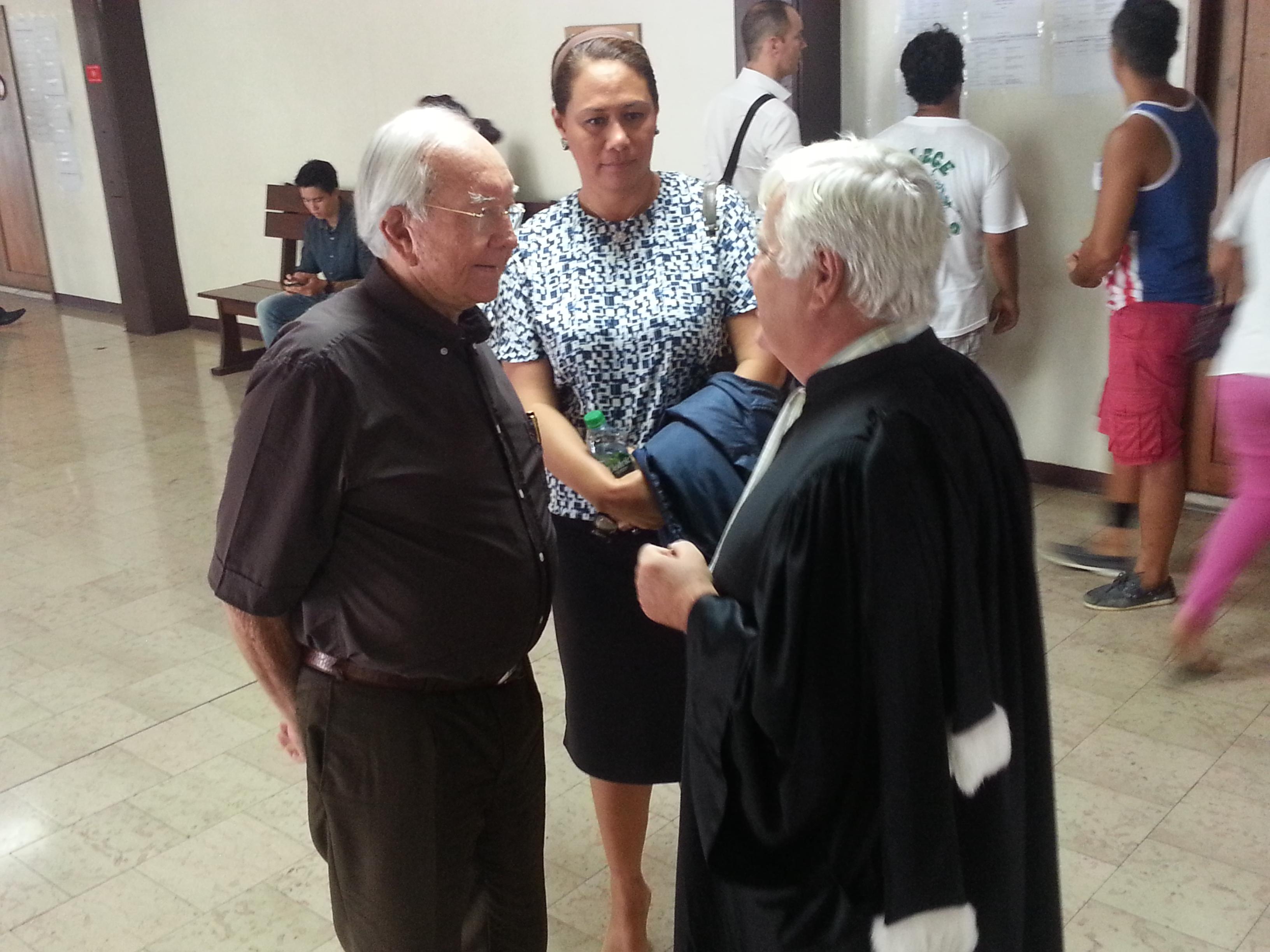 Gaston Flosse, Pascale Haiti et Me Quinquis, ce matin à l'audience de la cour d'appel.