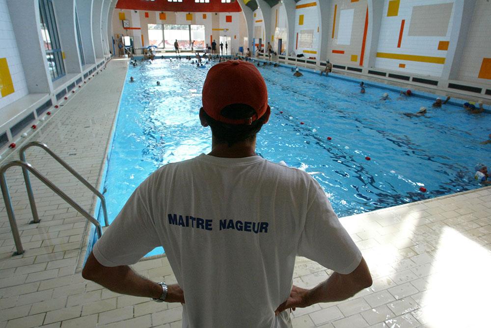 Rh ne une fillette de six ans se noie dans une piscine municipale - Piscine municipale cabourg lyon ...