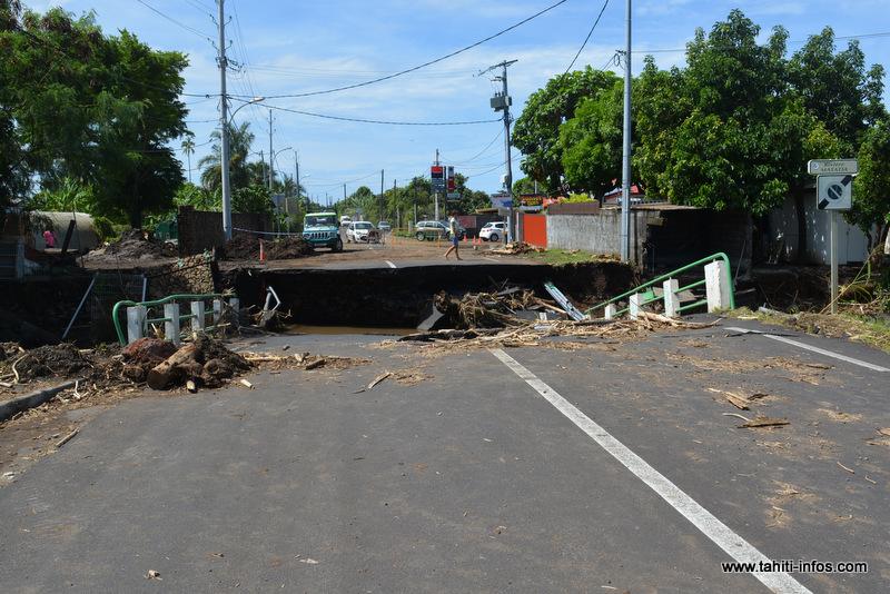 Le pont de Matatia pourrait rouvrir à la circulation en fin de semaine grâce à une structure provisoire.