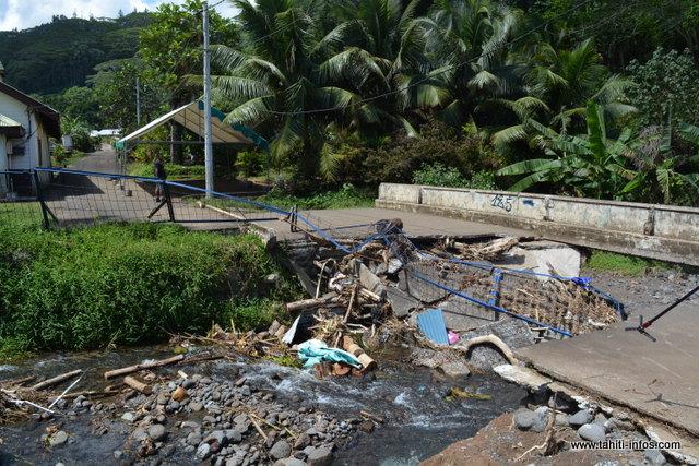 Le pont de Orofara fortement affaibli par les intempéries de décembre 2015, a totalement été détruit le mois dernier.