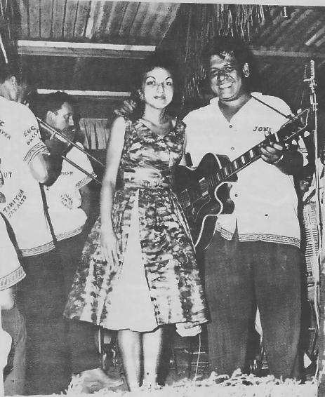 John Gobrait et Mila Aitamai, au Quinn's Tahitian Hut.