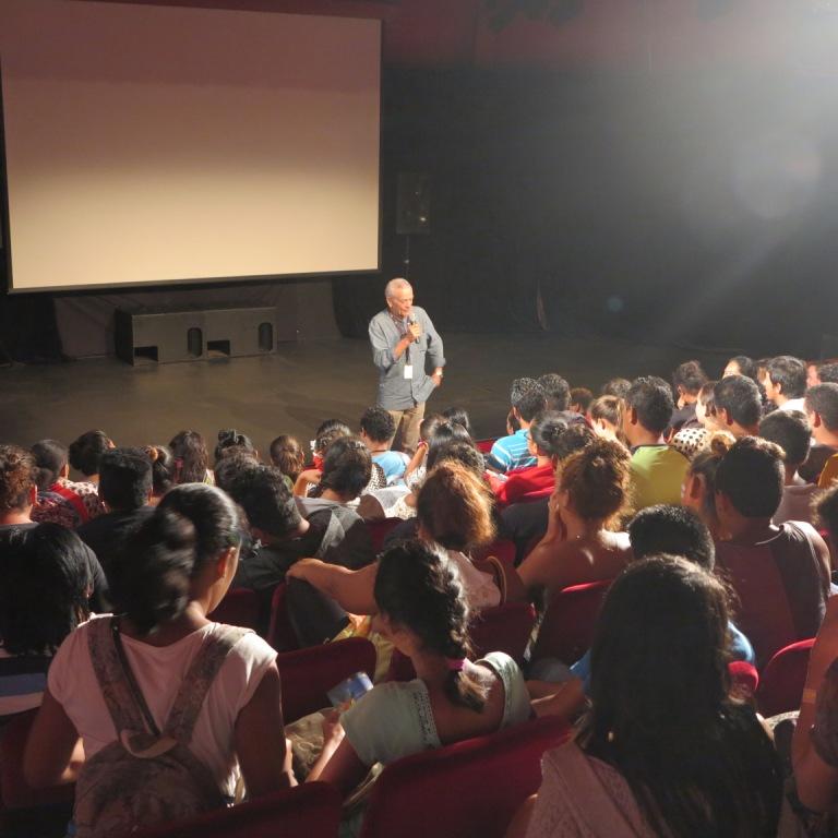 Le réalisateur a échangé avec les élèves à l'issue de la projection du film.